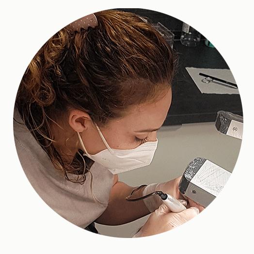 Noemí Aznárez , especialista en micropigmentación facial , te ofrece el nuevo concepto de maquillaje permanente, suave, elegante y natural, para realzar tu belleza.