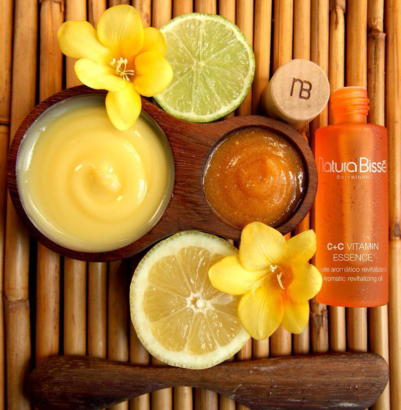 """Ritual de aromaterapia cítrica para una piel radiante"